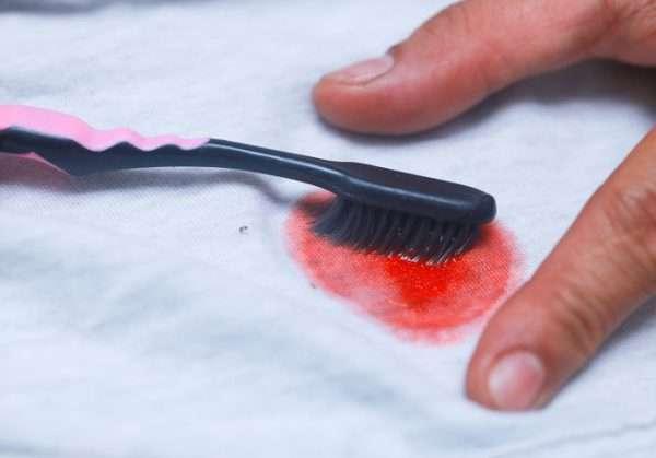 Как и чем можно эффективно вывести краску?